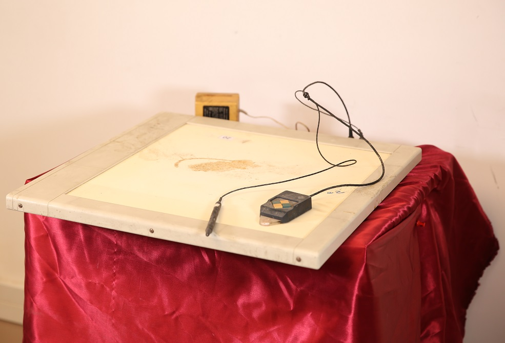 Graphics Tablet with Light Pen and Digitizer (1987)