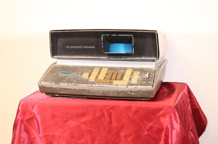 Friden EC-132 Electronic Calculator (1965)